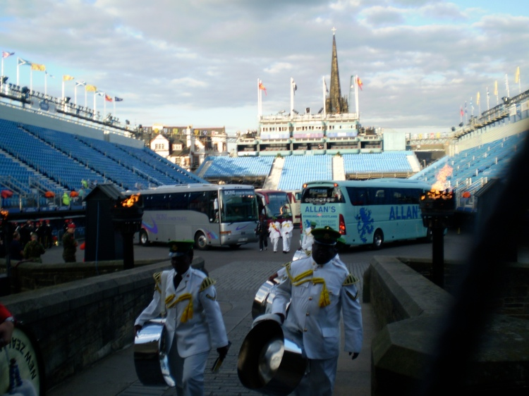 Bus's on to the Castle Esplanade