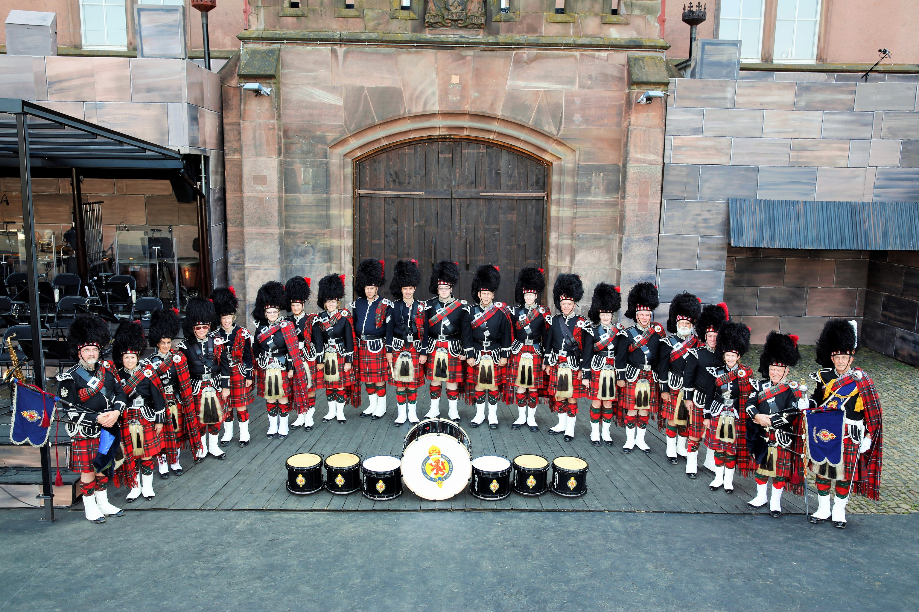 History of the band pipes drums of the royal for Edinburgh tattoo australia
