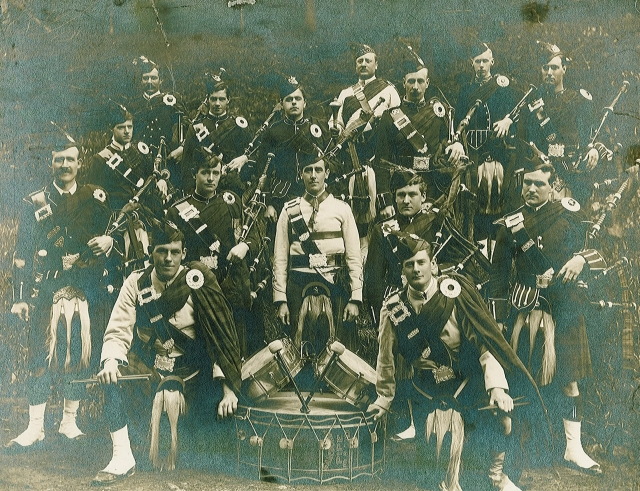 1910 approx Band
