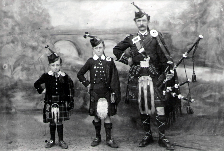 1912 - Piper Alexander Bowden& Sons 1912 - father of Jean Christina Cook