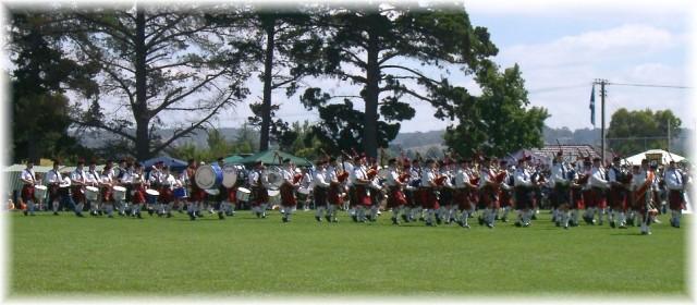 2003 Mt Barker Highland Gathering massed bands